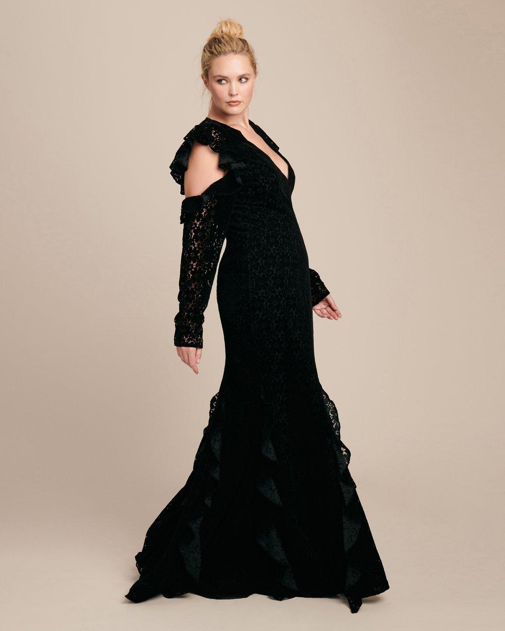 Luxury Plus SIze Fashion Finds at 11 Honore: ZAC ZAC POSEN Carola Plus Size Gown