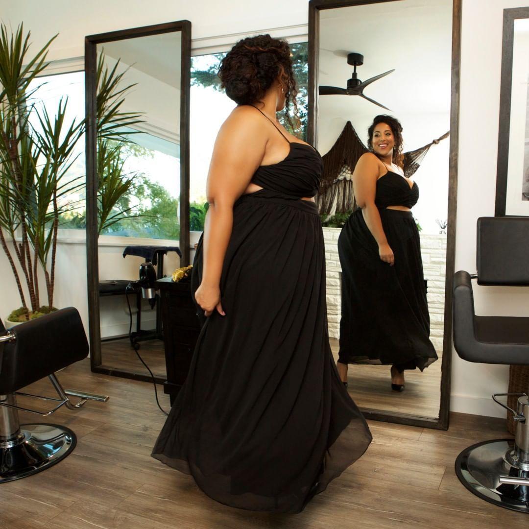 Astra Signature Holiday- Venus Maxi Dress
