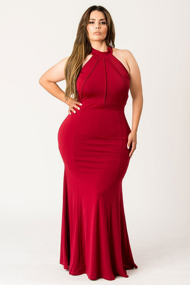 Plus Size Holiday Dresses Under $100- High On Trend Hourglass Dress