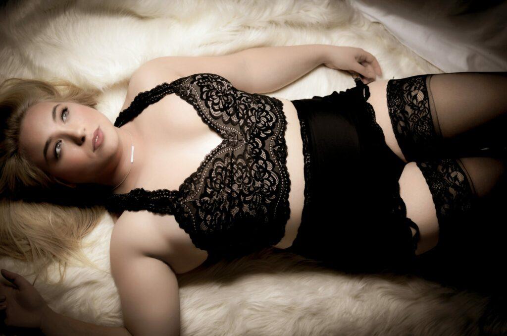 Plus Size Boudoir by Donna Lane Photography