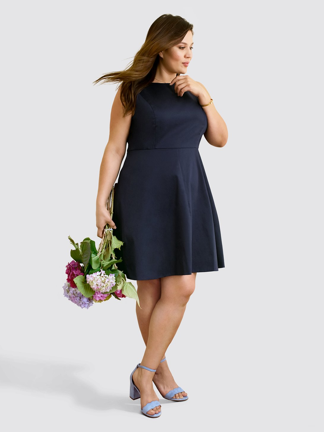 64b69f7b691 Draper James Launches Plus Sizes- Sleeveless Love Circle Dress