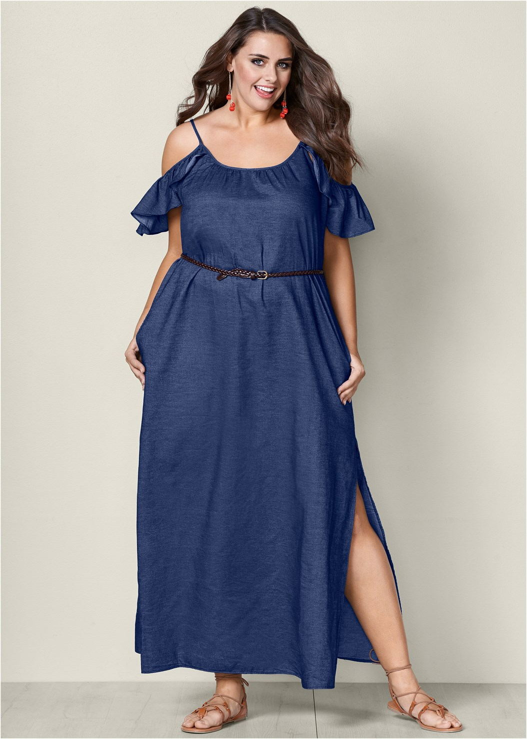 3a6884a4ba7 10 Plus Size Spring Must-Haves that You Would Never Know Were from ...