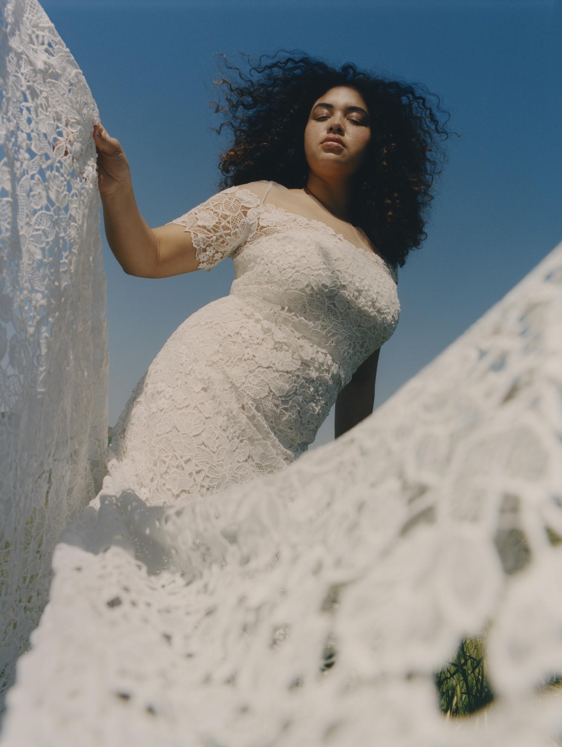 Floravere Modern Plus Size Bridal