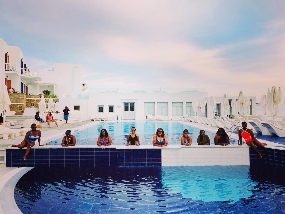 swimming ladies