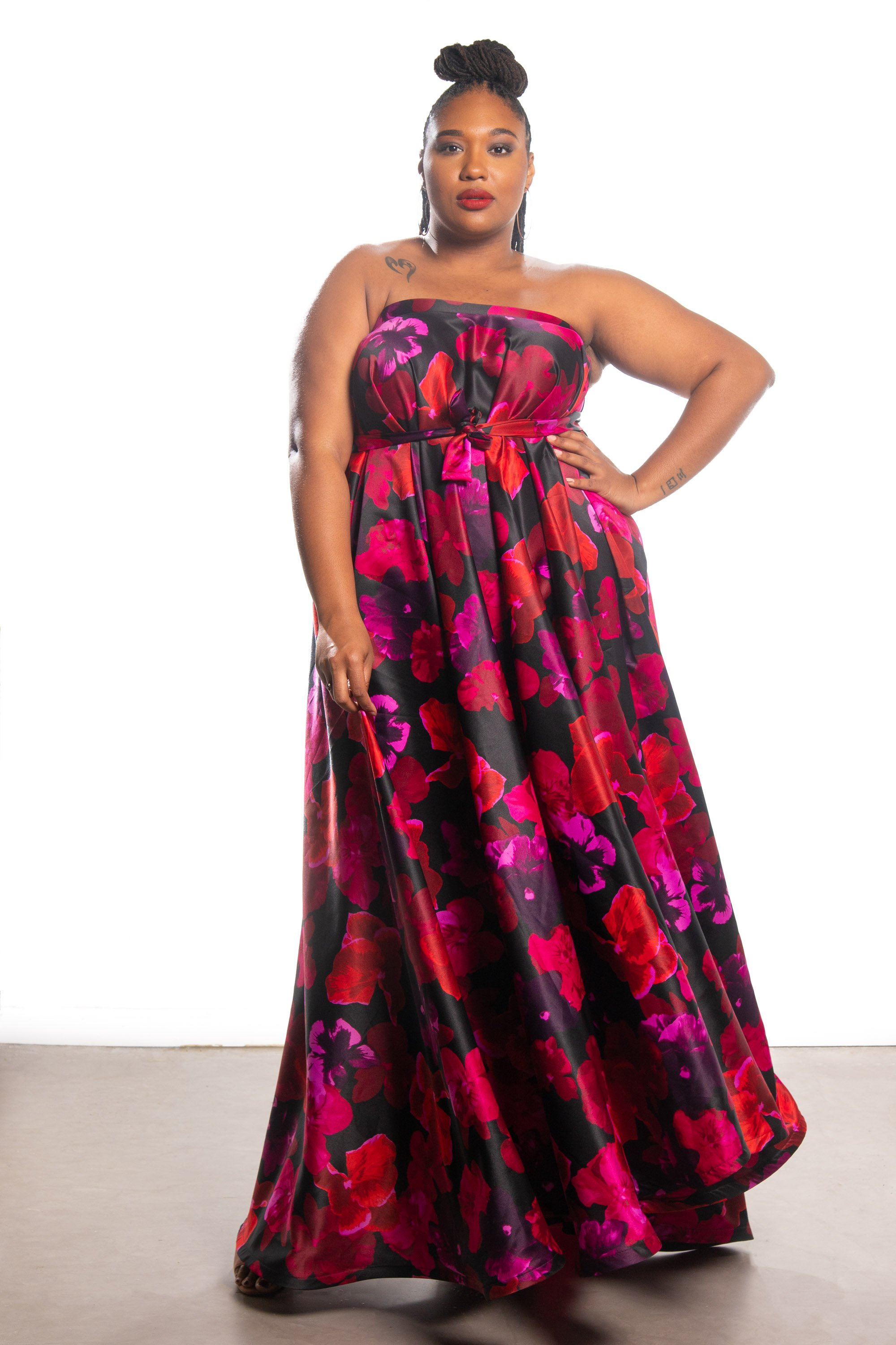 Courtney Noelle maxi gown
