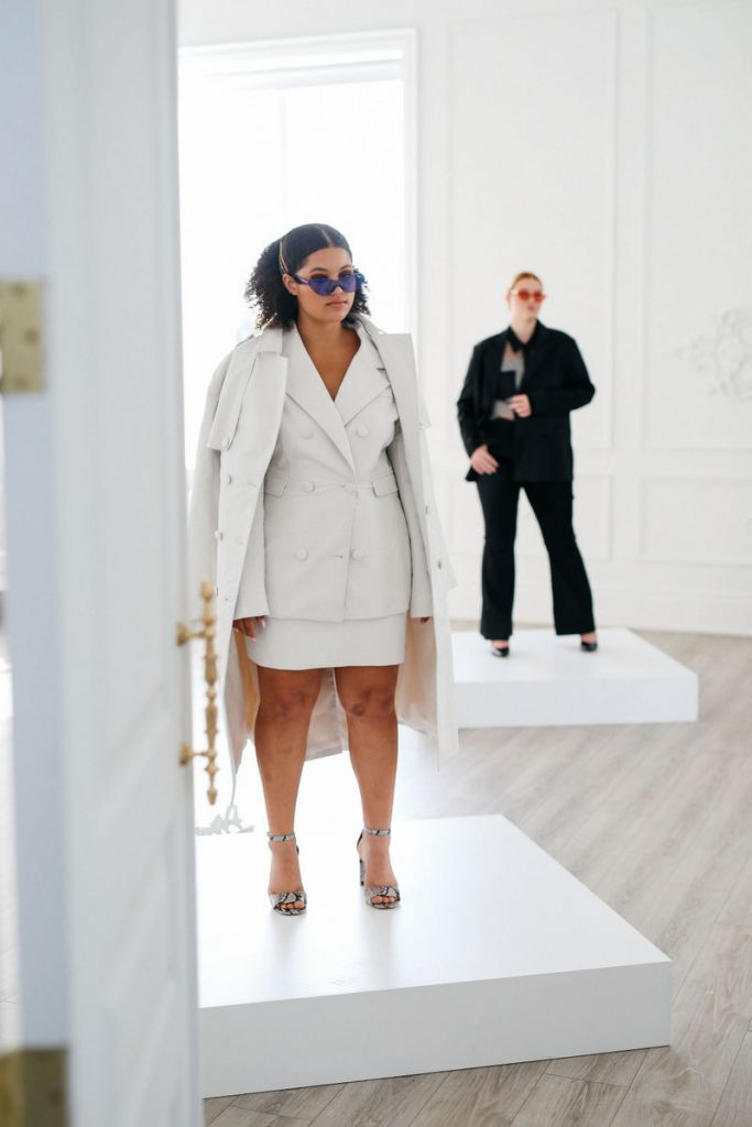 Spring Plus Size Style Inspiration with Hilary MacMillan