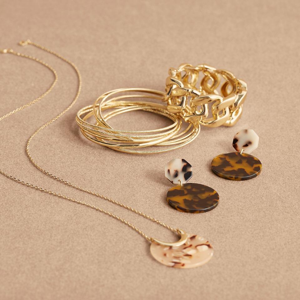 Land Bryant jewelry