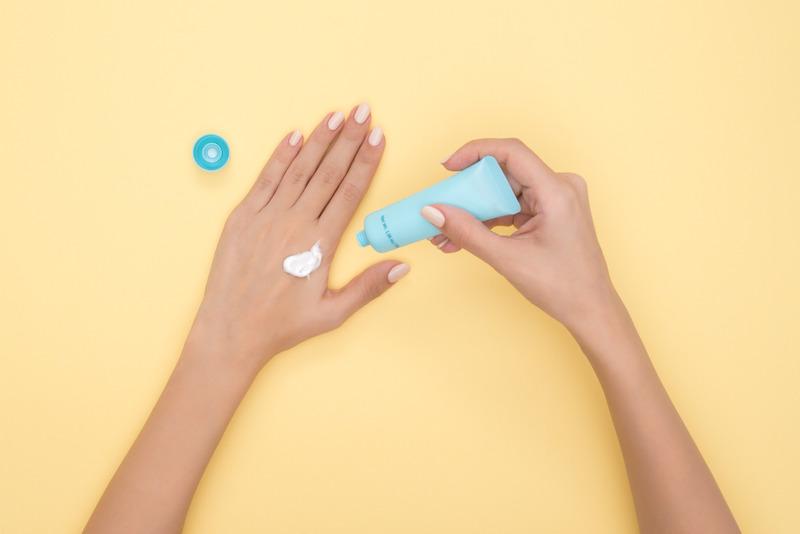 Winter Hand and Nail Tips